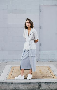MAD IN LA, the debut ready to wear collection from native Angeleno Jo Pak, presents stylishly minimal pieces that are both refined and street savvy, with quintessential Californian vibes. #LookbookLust