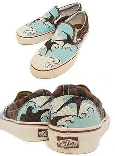 Catch the wave. Painted Vans, Shoe Designs, Checker Print, Vans Off The Wall, Shoe Art, Vans Classic Slip On, Vans Shoes, Daisies, Designer Shoes