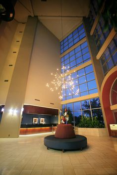 The gorgeous Crowne Plaza Suites is an all-suite, full-service hotel in the Entertainment District.