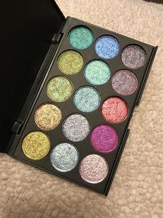 Duochrome Eyeshadow, Eyeshadow Palette, Setting Spray, Makeup Looks, Eye Makeup, Make Up, Homemade, Sprays, Vegas