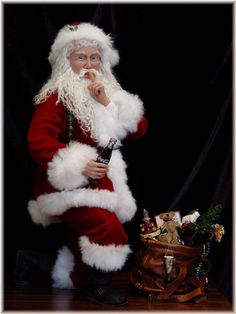 """Coca Cola Santa by Barbara VanNoy.  He almost looks real! Barbara was featured in the """"2002 Better Homes and Gardens, Santa Claus Collection"""""""
