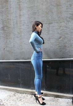 ftyj Beautiful Asian Girls, Gorgeous Women, Sexy Jeans, Skinny Jeans, Boat Girl, Hot Dress, Korean Women, Girls Jeans, Hottest Models