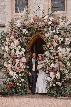 Princesa Beatrice, Princesa Eugenie, Sarah Ferguson, Elizabeth Ii, Royal Brides, Royal Weddings, Prinz Andrew, Princess Beatrice Wedding, Princess Wedding