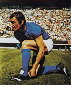 Luigi Riva of Italy in World Football, School Football, Football Soccer, Football Players, Turin, Ski, Gilles Villeneuve, Most Popular Sports, Nude Beach