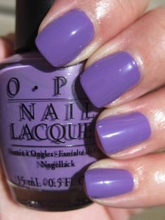 don't be mistaken, those are nails, not grapes. oh how i love this color.