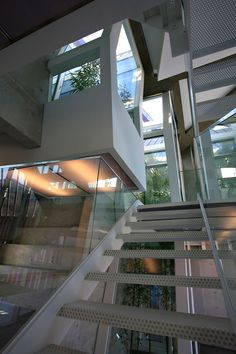 staircase - Purple Hill House by Iroje KHM Architects