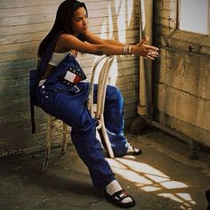 #TBT #Aaliyah #TommyHilfiger #Slides #90s #ThisIsWelcome #BitchesBeLike #Dungarees