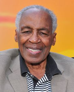 Known for voicing Rafiki, Dr. View 19 images and 4 sounds of Robert Guillaume's characters from his voice acting career. Was born Nov 1927 - St. African American Artist, African American History, American Artists, Strong Black Man, Black Men, Robert Guillaume, George Santayana, Black Actors