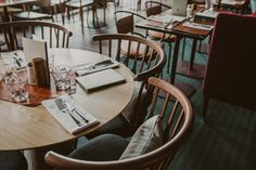 "The relaxed atmosphere of ""The Deli"" makes the whole family feel at home. Whether in your ski or hiking boots, or in your sneakers and jeans, ""The Deli"" is the restaurant for any time day and evening."