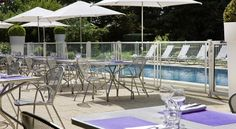 Novotel Marne La Vallee Noisy Le Grand Noisy Le Grand This 4-star Novotel is located halfway between Paris and Disneyland, 5 minutes from the Noisy RER A Train Station. It has an outdoor heated pool and a furnished terrace.