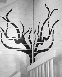 Saaristohuvila - Seinämaalaukset vesiväripensselillä Lue koko kirjoitus: http://saaristohuvila.wordpress.com/2014/10/30/seinamaalaukset-vesivaripensselilla/ #sisustusniksit