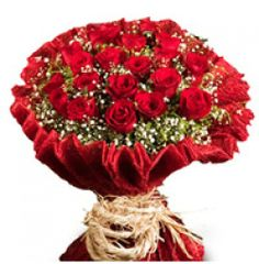 Red Rose - Red roses are perfect gift to express your love and not only of love but also to show the deepest feelings and desires of the heart.
