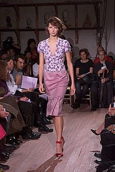 Tuleh Spring 2000 Ready-to-Wear Fashion Show