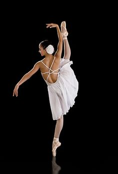 Beautiful costume, very elegant. Pin for future reference for daughter's calisthenics solos