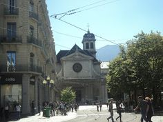 Beginning of a wonderful friendship, Grenoble France, study abroad, fall, travel, #macyprobs #frenchmouse