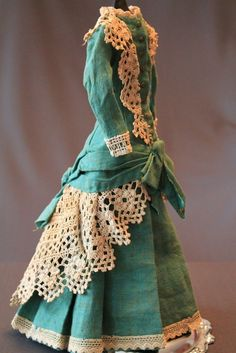 """Antique dress for French Fashion doll about 14-16 """""""