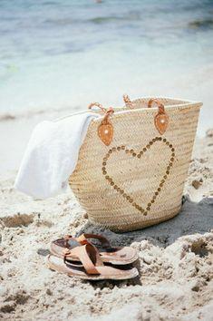 Beach bag and sand. I Love The Beach, Summer Of Love, Summer Fun, Happy Summer, Summer Brown, Happy Weekend, Summer Breeze, Summer Vibes, Beach Bum