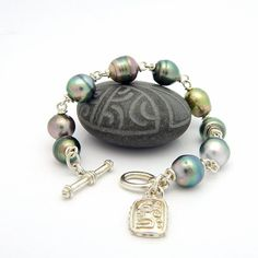 "Tahitian Black Pearl ""Tiafa"" Wire Wrapped Silver Toggle Bracelet"