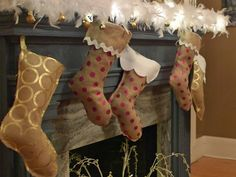 22 Ways to Make Christmas Stockings (With Free Downloadable Patterns) >> http://www.diynetwork.com/how-to/make-and-decorate/entertaining/diy-christmas-stocking-patterns-in-a-bunch-of-styles-pictures?soc=pinterest