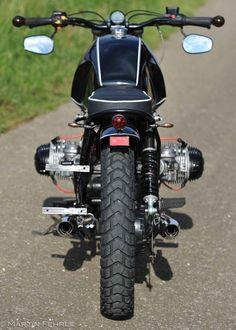 Black Widow - Nice Power baut Custombikes Scrambler Bobber Caferacer