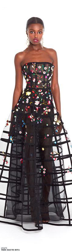 American fashion designer Oscar De La Renta unveiled his new Resort 2015 collection. Moda Floral, Dress 15, The Dress, Gown Dress, Resort 2015, Runway Fashion, Fashion Show, Fashion Design, Fashion Art