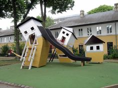 Monstrum playhouses  !