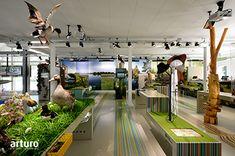 Natuurmonumenten, Project: Bezoekerscentrum Gooi- en Vechtstreek, 's-Graveland Systeem: Arturo PU2060 Gietvloer met Arturo Decofolie met PU7975 Toplak Ontwerp: Platvorm Amsterdam Aantal m2: 400 m2