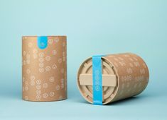 Logo and uncoated, unbleached and recycled packaging by Manual for water filtration brand Soma.