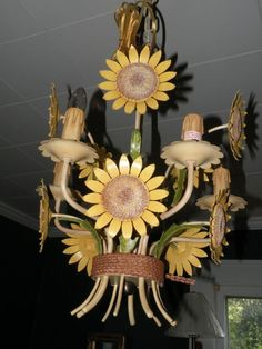 CHELSEA HOUSE SUNFLOWER TOLE CHANDELIER NEW UNUSED