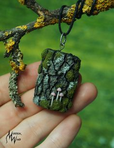 Cute mushroom Forest jewelry woodland witch's jewelry jewelry mossy sag moss forest necklace tree bark Mushroom stump mushroom moss woodland - Modern Witch Jewelry, Jewelry Tree, Cute Jewelry, Polymer Clay Halloween, How To Make Clay, Magical Jewelry, Tree Necklace, Polymer Clay Beads, White Gold Rings