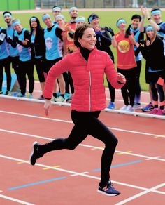 Catherine, Duchess of Cambridge runs a race during a training day for the Heads Together team for the London Marathon at Olympic Park in London, England.    5.2.2017