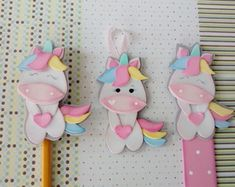 unicornio-marca-pagina-e-chaveiro-papelaria-unicornio