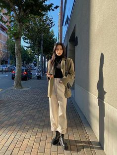 Korean Outfit Street Styles, Korean Outfits, Retro Outfits, Mode Outfits, Cute Casual Outfits, Fashion Outfits, Korean Girl Fashion, Korean Street Fashion, Ulzzang Fashion
