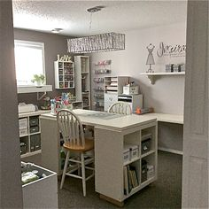 Scraproom: My New Craft Room (March 3/15)