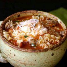 Lasagna soup http://www.afarmgirlsdabbles.com/2011/03/24/lasagna-soup/