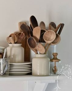 Home Decoration Ideas Handmade .Home Decoration Ideas Handmade Tidy Kitchen, Wooden Kitchen, Kitchen Pantry, Kitchen Dining, Kitchen Decor, Kitchen Cleaning, Kitchen Utensils, Kitchen Furniture, Kitchen Tools