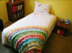 I have a plain white comforter I want to do this to!