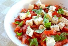 With feta? Maybe it's nice, we can always try it. Healthy Prawn Recipes, Healthy Food List, Veggie Recipes, Salad Recipes, Healthy Eating, Feta, Happy Foods, Dressing, Food Inspiration
