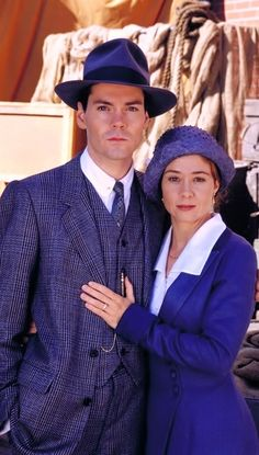 Jonathan Crombie dies at the age of 48 from complications from a brain heamorrhage in New York City. Best know for his role as Gilbert Blythe in the Anne of Green Gables Series Anne Shirley, Anne Of Avonlea, Road To Avonlea, Anne Of Green Gables, Anne Green, Jonathan Crombie, Megan Follows, Gilbert And Anne, The Boy Next Door