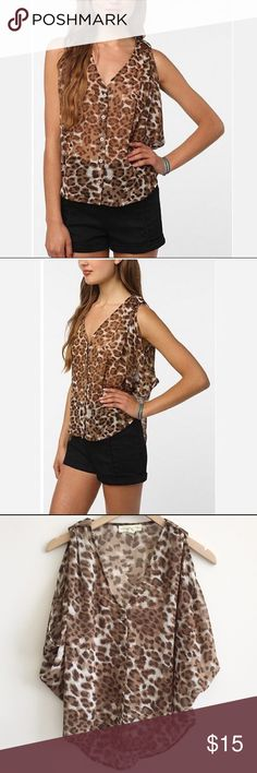 """Staring at the Stars Animal Print Blouson Top S Sheer chiffon blouse from Staring at the Stars with dropped areoles for a cape like silhouette. Button front with v neck and high low hem. Banded wrap at shoulders. Lightweight and semi sheer. Urban Outfitters exclusive.   • size S • 21"""" from shoulder to front hem and 26"""" from shoulder to back hem  • 100% polyester • gently worn only a couple of times, in great condition! Staring at Stars Tops"""
