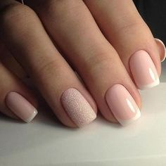 Pretty, neat and clean nail design