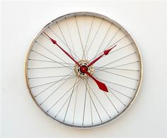 Re-cycle! Ruota-orologio #design #recycle