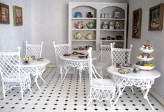 dolls houses and minis: The Tearooms