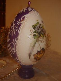 Jajko 15 - fioletowe Felting Tutorials, Dremel, Easter Eggs, Christmas Diy, Decoupage, Porcelain, Crafts, Decorating Easter Eggs, Porcelain Ceramics