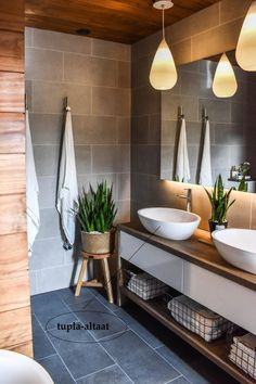 Colorful bathrooms - Home Fashion Trend Old Bathrooms, Small Bathroom, Master Bathroom, Modern Bathrooms, Sauna Design, House Construction Plan, Relaxation Room, Modern Shower, Bathroom Plants