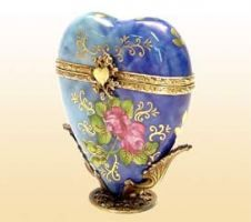 LIMOGES BOXES Direct from Limoges France  - Blue Ronsard Heart on Stand Limoges box❤❤❤