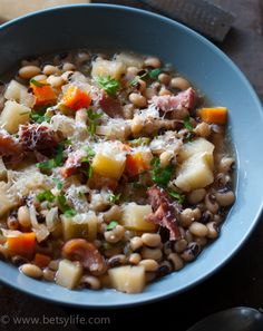 Ham, Black Eyed Pea, and Idaho® Potato Slow Cooker Soup