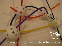 Ball Weaving Busy Bag This bag is a fine motor skill bag that encourages creativity. You get 4 balls and pipe cleaners that can be threaded, bent, woven and manipulated in many ways. Quiet Time Activities, Motor Skills Activities, Montessori Activities, Fine Motor Skills, Preschool Activities, Toddler Busy Bags, Toddler Fun, Finger Gym, Funky Fingers