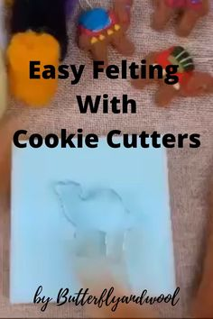 Felting with Cookie Cutters Felting For Beginner, Felting Tutorial, Easy felting, felting wool video - Filzen - Start felting with Butterflyandwool! It's very easy and fun hobby! It's very developmental and - Needle Felted Animals, Felt Animals, Wool Needle Felting, Beginner Felting, Needle Felting Tutorials, Wet Felting Projects, Fun Hobbies, Felt Diy, Felt Christmas