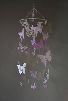 Nursery mobile / baby mobile made with Butterflies from grey and purple shades card stock - Butterfly babyshower, nursery art, nursery decor door SierGoed op Etsy